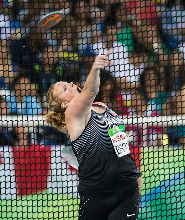 RIO DE JANEIRO - 17/9/2016:  Jen Brown competes in the women's F38 discus final at the Olympic Stadium during the Rio 2016 Paralympic Games. (Photo by Dave Holland/Canadian Paralympic Committee).