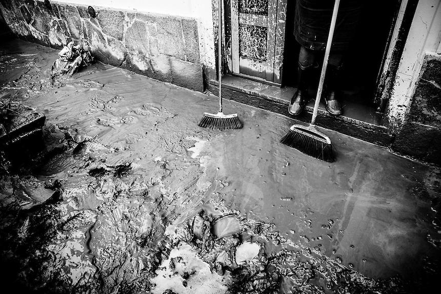 Italy: Mud Flow