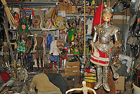 Inside Mimmo Cuticchio workshop..Dentro il laboratorio di Mimmo Cuticchio