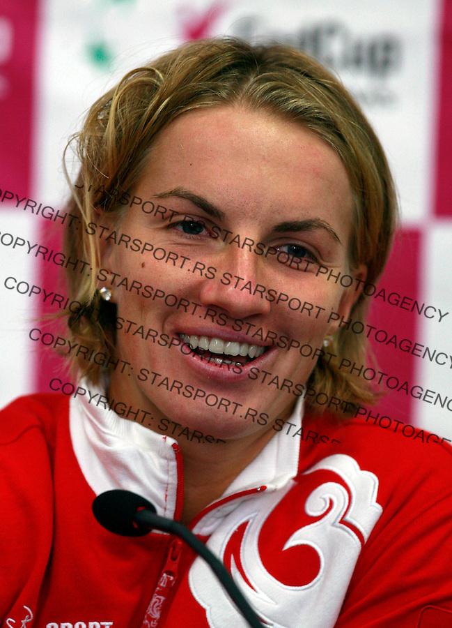 Svetlana Kuznetsova Kuznjecova Fedcup Belgrade Serbia vs Russia 7.2.2010. photo: Srdjan Stevanovic