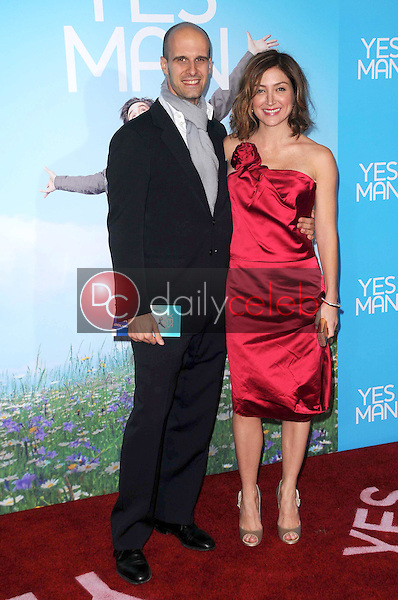 Edoardo Ponti and Sasha Alexander <br /> at the Los Angeles Premiere of 'Yes Man'. Mann VIllage Theater, Westwood, CA. 12-17-08<br /> Dave Edwards/DailyCeleb.com 818-249-4998