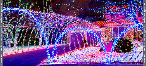 House decorated with christmas lights stock photos fashion commercial fine art stock photo for Photo decoration