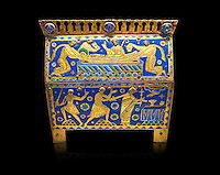 Medieval enamelled box depicting the martyrdom of Saint Thomas Becket, 12th century from Limoges, enamel on gold. AD. Inv OA 11333, The Louvre Museum, Paris.