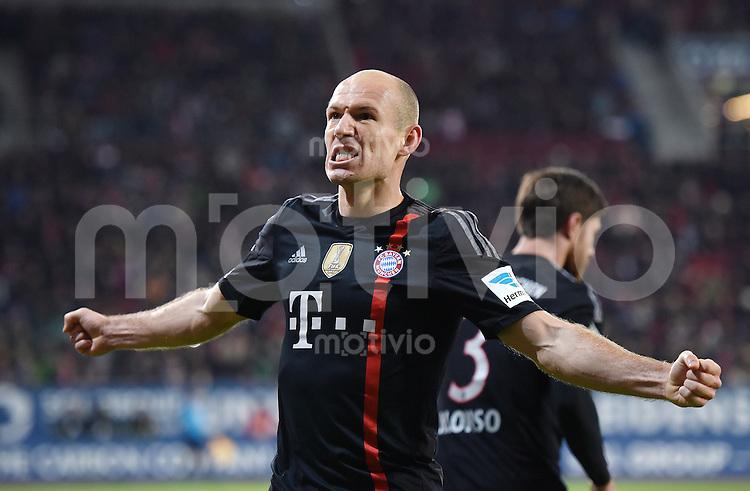 Fussball  1. Bundesliga  Saison 2014/2015  15. Spieltag  FC Augsburg - FC Bayern Muenchen     13.12.2014 JUBEL FC Bayern Muenchen; Arjen Robben