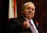 TALLAHASSEE, FL. 11/19/02-Senate President Jim King, R-Jacksonville, flashes a thumbs up as he speaks from the podium on his first day as leader of the upper chamber Tuesday during the Organizational Session at the Capitol in Tallahassee. COLIN HACKLEY PHOTO