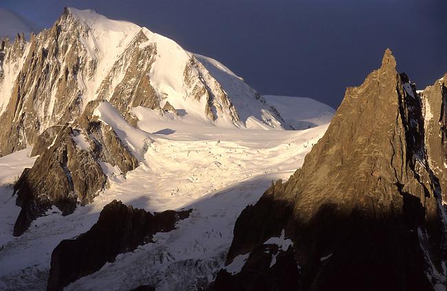 Mont Blanc depuis le refuge du Couvercle, Haute-Savoie. *** The Mont Blanc from the refuge of the Couvercle, Haute-Savoie.