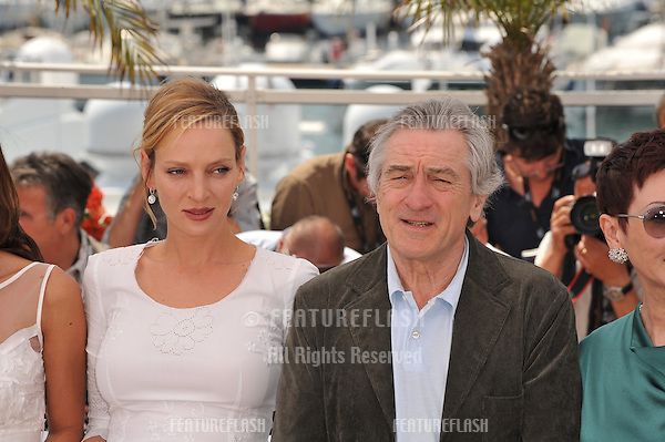 Uma Thurman & Robert De Niro at the photocall for the jury at the 64th Festival de Cannes..May 11, 2011  Cannes, France.Picture: Paul Smith / Featureflash