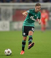 FUSSBALL   CHAMPIONS LEAGUE   SAISON 2013/2014   PLAY-OFF FC Schalke 04 - Paok Saloniki        21.08.2013 Marco Hoeger (FC Schalke 04) am Ball