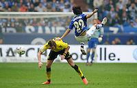 FUSSBALL   1. BUNDESLIGA   SAISON 2011/2012   31. SPIELTAG FC Schalke 04 - Borussia Dortmund                      14.04.2012 Kevin Grosskreutz (li, Borussia Dortmund)  gegen Atsuto Uchida (re, FC Schalke 04)