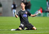FUSSBALL   DFB POKAL   SAISON 2011/2012  1. Hauptrunde FC Heidenheim - Werder Bremen              30.07.2011 Torwart Frank Lehmann (1 FC Heidenheim 1846)