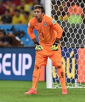 FUSSBALL WM 2014                ACHTELFINALE Kolumbien - Uruguay                  28.06.2014 Torwart Fernando Muslera (Uruguay)