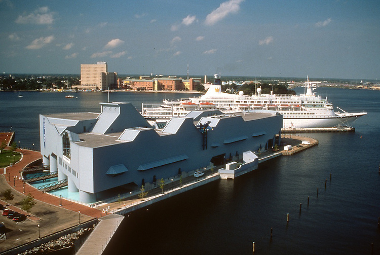 1996 September 30..Redevelopment.Downtown West (A-1-6)..NAUTICUS WITH CRUISE SHIP.LOOKING DOWN FROM TOWN POINT CENTER ROOF...NEG#.NRHA#..