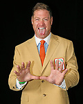 Jeremy Shockey flashes the U during the University of Miami Sports Hall of Fame 49th Annual Induction Banquet at Jungle Island on Tuesday, April 18, 2017. Inductees include Ryan Braun, Audra Cohen, Dan Davies, Steve Edwards, James Jackson, Katie Meier, Jeremy Shockey, Valeria Tipiana and Darryl Williams.