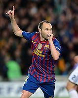FUSSBALL   CHAMPIONS LEAGUE SAISON 2011/2012   HALBFINALE   RUECKSPIEL        FC Barcelona - FC Chelsea       24.04.2012 Jubel nach dem 1:0: Andres Iniesta (Barca)