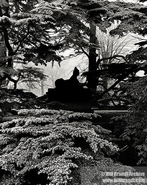 Chiswick House Gardens sphinx 1944