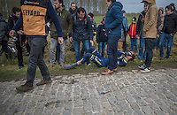 Sam Bewley (NZL/Orica-Scott) crashed on the Haaghoek cobbles &amp; was forced to abandon the race<br /> <br /> 72nd Omloop Het Nieuwsblad 2017