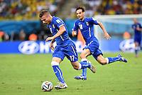 FUSSBALL WM 2014  VORRUNDE    Gruppe D     England - Italien                         14.06.2014 Ciro Immobile (Italien) am Ball