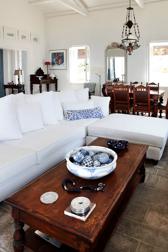 white sofa in the living room