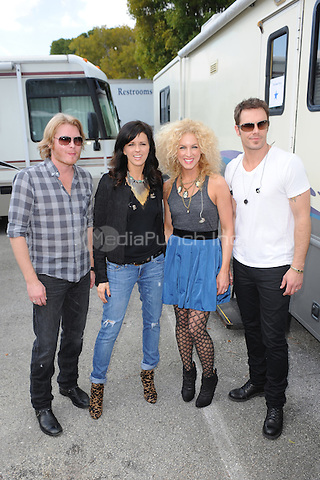 Phillip Sweet, Karan Fairchild,Kimberly Schlapman, Jimi Westbrook of Little Big Town backstage at the 99.9 Kiss Country Chili Cookoff concert held at C.B. Smith park on January 30, 2011 in Pembroke Pines Florida. © MediaPunch Inc. / MPI04