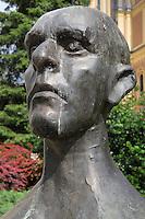 Bust of Mesa Selimovic, 1910-82, Yugoslav writer, Sarajevo, Bosnia and Herzegovina. Picture by Manuel Cohen