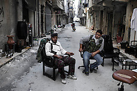 SYRIA, ALEPPO. Free Syrian Army fighters at the front line in Salaheddin neighborhood on September 26, 2012. ALESSIO ROMENZI