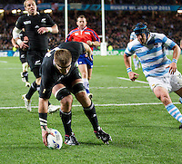 Rugby World Cup Auckland  New Zealand v Argentina Quarter Final 4 - 09/10/2011.Kieren Read (New Zealand)  scores a try .Photo Frey Fotosports International/AMN Images