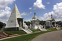 Metairie Cemetery, 2004