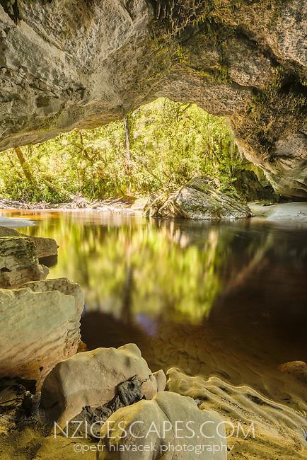 Moria Gate, limestone formation in Oparara Valley near Karamea, Kahurangi National Park, Buller Region, West Coast, New Zealand