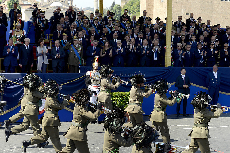 Roma, 2 Giugno 2015<br /> Via dei Fori Imperiali, il palco delle Autorit&agrave; al passaggio della parata militare.<br /> Sergio Mattarella.<br /> Bersaglieri<br /> Festa della Repubblica, 69&deg; anniversario.