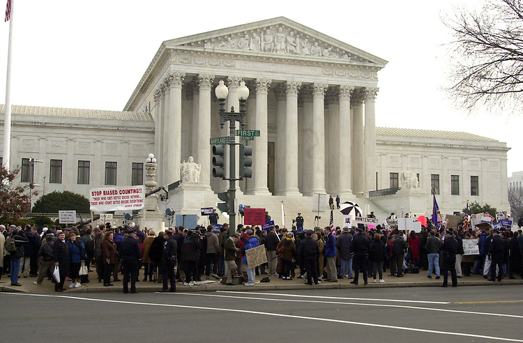 12court121100  --  Protesters in front of the Supreme Court were the Bush appeal of the Florida recount was underway.
