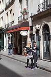 Rue Saint-Louis en L'ile, Ile Saint-Louise, Paris, France
