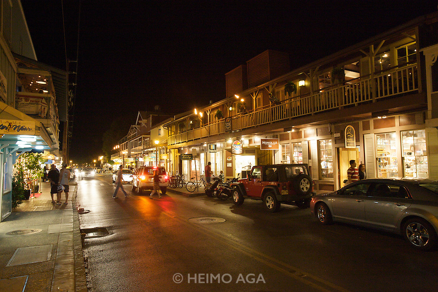 Maui. Nightlife in Lahaina's Front Street.
