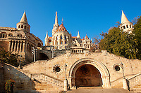 Fishermans Bastion and Church of Our Lady or Matthias Church ( Mátyás templom), Castle District, Budapest Hungary