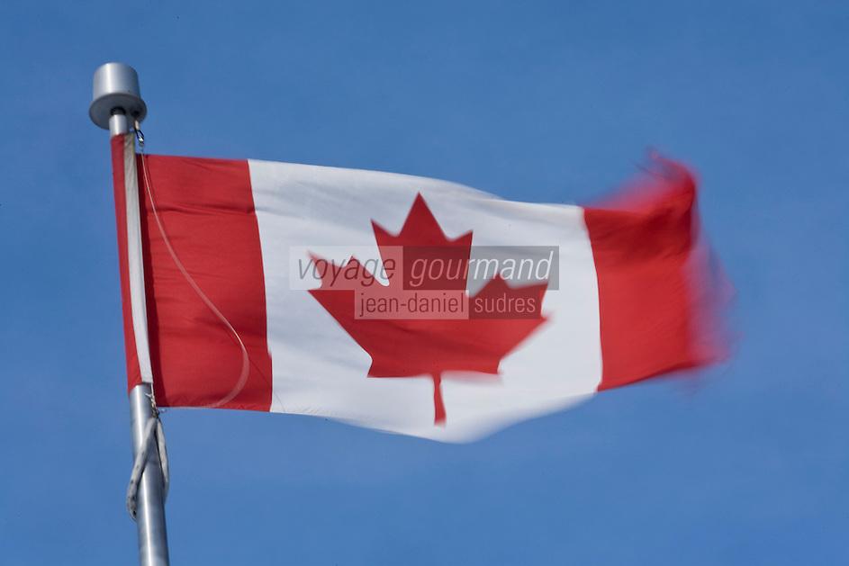 Amérique/Amérique du Nord/Canada/Québec/ Québec: le drapeau canadien