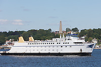 Cross Sound Ferry vessel Mary Ellen heading outbound from New London, Connecticut