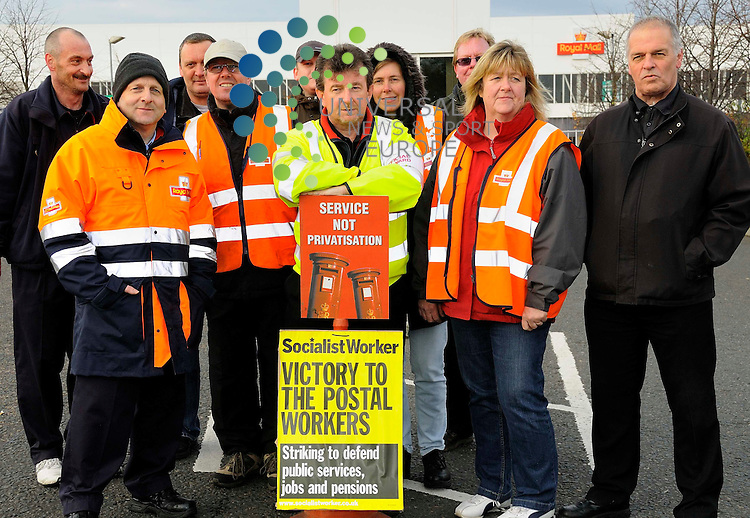 Pat Quinn, Official Steward for the CWU, standing with his colleagues at the official picket line in Edinburgh's only Mail Centre, Sitehill, as part of the two days of national strike action by the Royal Mail. Derek Fett - Universal News and Sport - 22nd October 09