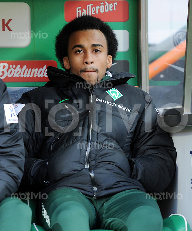 FUSSBALL   1. BUNDESLIGA   SAISON 2011/2012    14. SPIELTAG SV Werder Bremen - VfB Stuttgart       27.11.2011 WESELY (Werder Bremen) auf der Ersatzbank