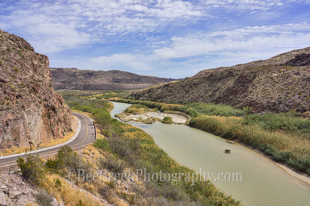 Scenic overlook of the Rio Grande River in far west Texas as it runs along the River Road in Big Bend State Park in the mountains of Texas and Mexico.  One side is in the USA and the other side of the river is Mexico.