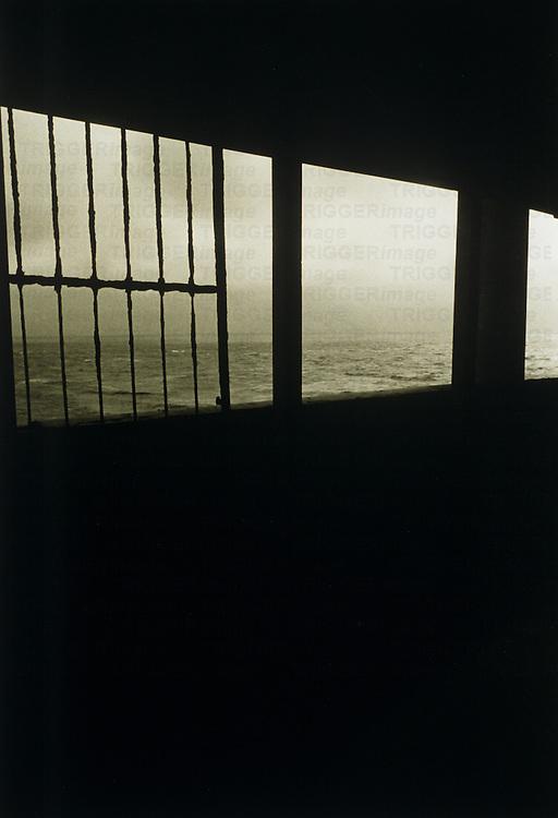 sea through railing