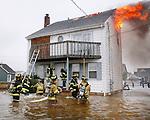 as Hurricane Irene hits the Jersey Shore.   (8/27/2011)  Andrew Mills/The Star-Ledger