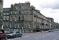 Edinburgh: Heriot Row, near Moray Place. Luxurious townhouses. Photo '87.