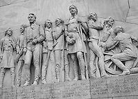 Erected in Memory of the Heroes who sacrificed their lives at the Alamo, March 6, 1836.