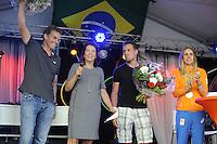 ZEILEN: WARTEN: 27-08-2016, Huldiging Marit Bouwmeester, Marit haar broer Roelof en coach Jaap Zielhuis (links), ©foto Martin de Jong