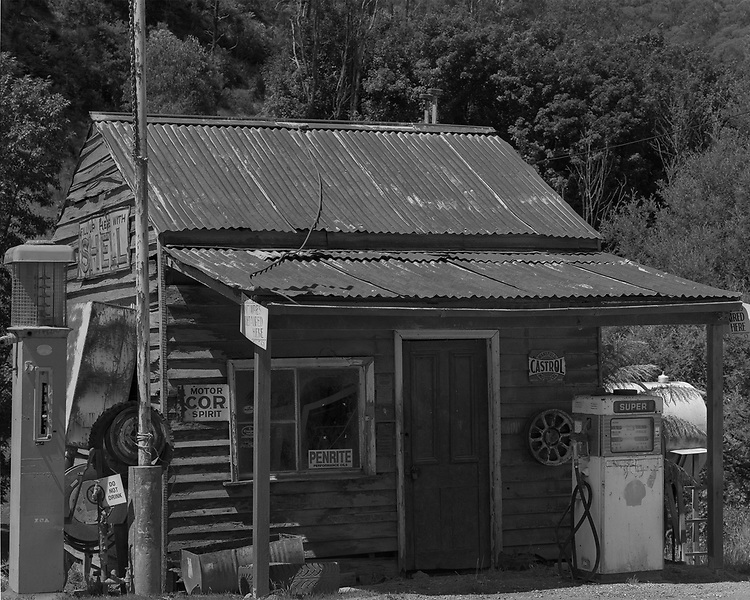 Old Service Station<br /> Woods Point