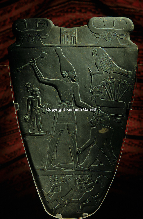 Narmer Palette, c. 3000 B.C., commemorates victories, King Narmer smites captive with mace, White Crown, Upper Egypt, Egypt of the Pharaohs, Egyptian Museum, Cairo