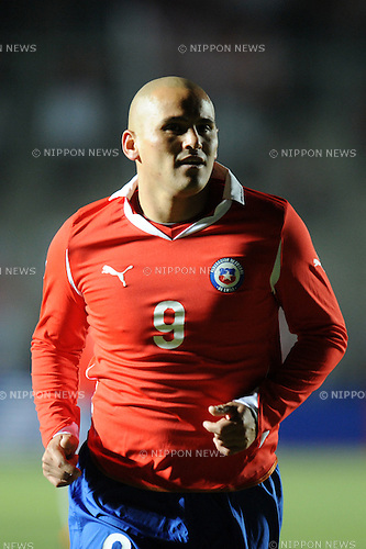 Humberto Suazo (CHI),JULY 4, 2011 - Football :Copa America Argentina 2011 Group C match between Chile 2-1 Mexico at Bicentenarium Stadium in San Juan, Argentina. (Photo by aicfoto/AFLO)