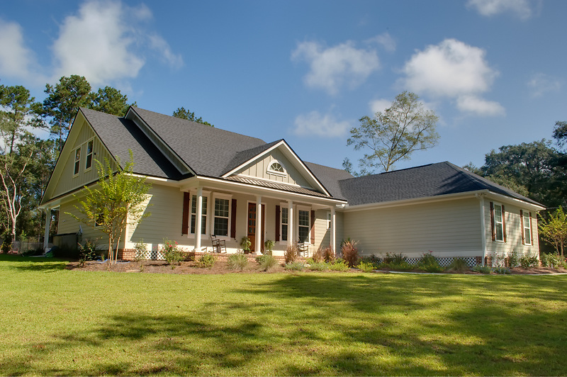 "June 2010 cover of ""Parade of Homes"" magazine, featuring a home built by White Oak Construction that won the prestigious ""Best of Show - Platinum Award Winner."""