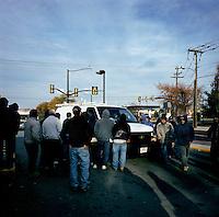 NoVa minutemen confront day laborers in a work pick site .Herndon, Va.12/1/05.photos: Hector Emanuel