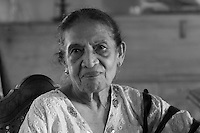 Marlenedhi Waidyasekare a friend of Sam Wickremasinghe. Marlendhi is a retured teacher who taught in the suburbs of Colombo includng Nayakakanda Convent.
