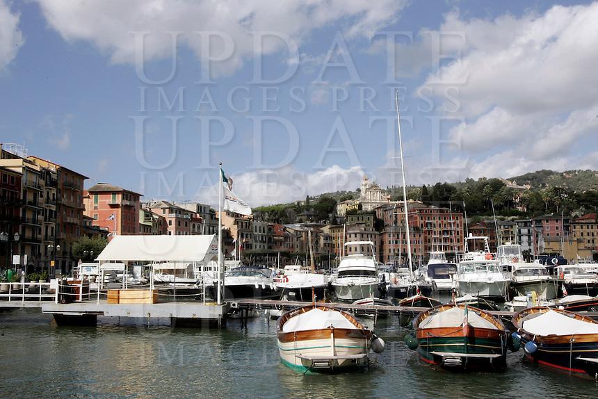 Barche ormeggiate nel porto turistico di Santa Margherita Ligure.<br /> Waterfront of Santa Margherita Ligure.<br /> UPDATE IMAGES PRESS/Riccardo De Luca